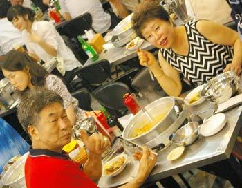 Насладитесь дарами корейского стола! Фото: Алла Хегай/Великая Эпоха