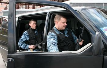 Сопровождение грузов: как правильно выбрать фирму? Фото с bi-plan.ru