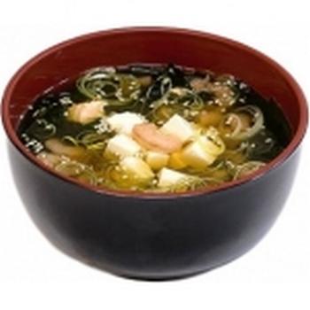 Суп Суимоно. Фото с сайта http://yaponya.ru