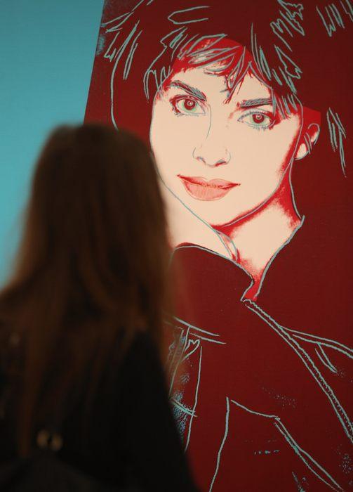 Выставка произведений искусства концерна Bayer AG в Martin-Gropius-Bau в Берлине будет открыта для посетителей с 22 марта по 9 июня 2013 г. Фото: Sean Gallup/Getty Images