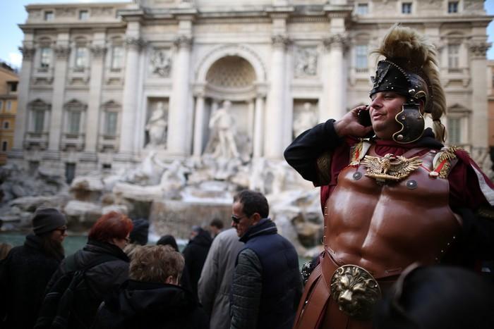 Повседневная жизнь «Вечного города» – Рима 16 марта 2013 г. Фото: Peter Macdiarmid/Getty Images