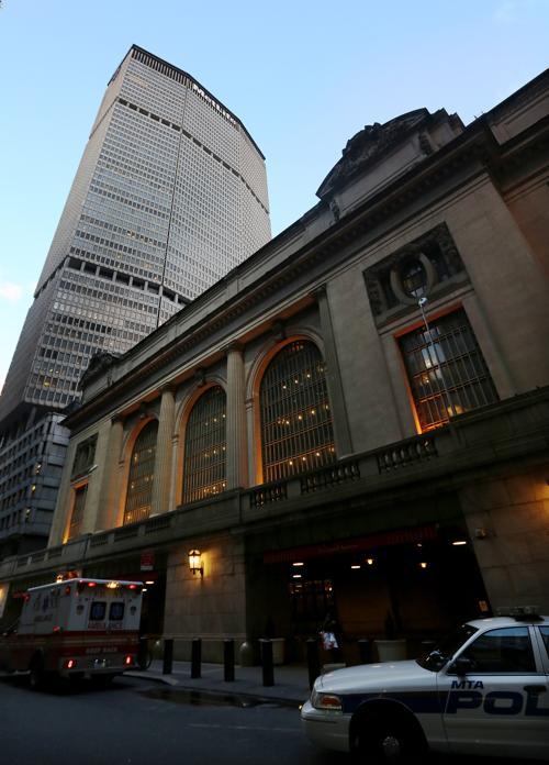 Самому большому в мире вокзалу Нью-Йорка Гранд-Сентрал-Терминал исполняется 100 лет, 31 января 2013 года. Фото: Mario Tama / Getty Images