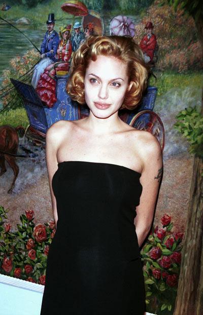 Анджелина Джоли, 17 ноября 1977. Фото: Getty Images