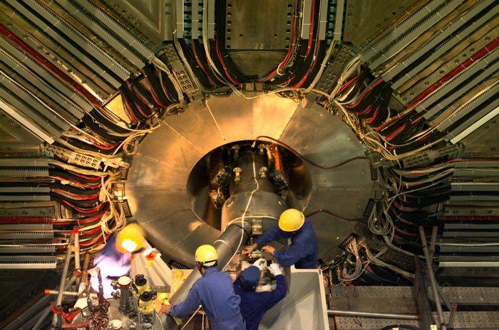 Ускоритель в японском исследовательском центре Физики элементарных частиц (KEK). Фото: KEK High Energy Accelerator Research Organization