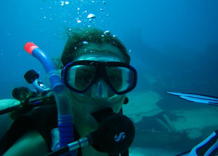 Центром дайвинга может стать найденная под водой церковь. Фото: morguefile.com