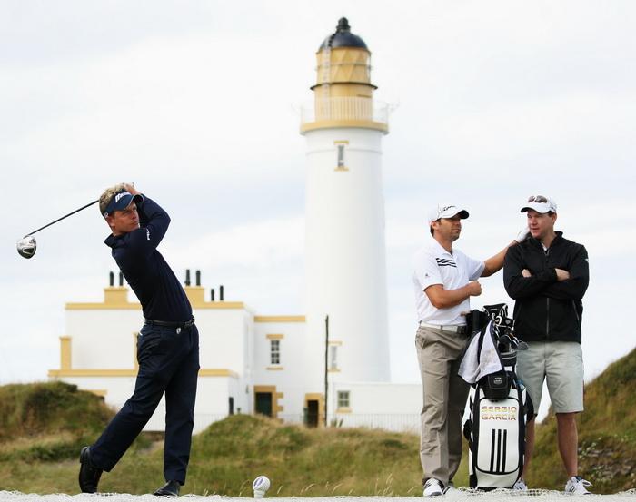 В Испании маяки превратятся в отели. Фото: Ross Kinnaird/Getty Images
