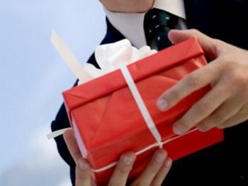 Искусство делать подарки. Фото с sgstb.msn.com