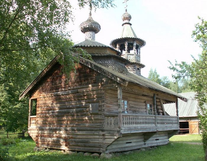 Деревянное зодчество в России. Фото с gorod.tomsk.ru