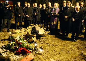 Жизнь и смерть президента Польши Леха Качиньского. Фото: JOE KLAMAR/Getty Images