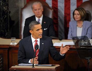 Президент Барак Обама произносит первое обращение о положении в стране 27 января 2010 на Капитолийском Холме в Вашингтоне, округ Колумбия. Фото: Mandel NGAN/AFP/Getty Images