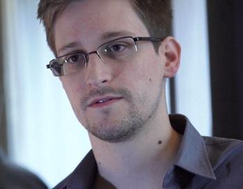 Эдвард Сноуден. Фото: Guardian via Getty Images