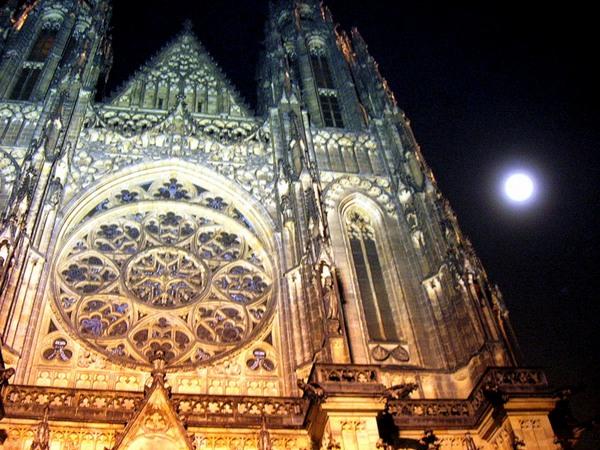 Новый год и Рождество в Чехии. Собор Святого Вита. Фото: Алла ЛАВРИНЕНКО/ Великая Эпоха (The Epoch Times)