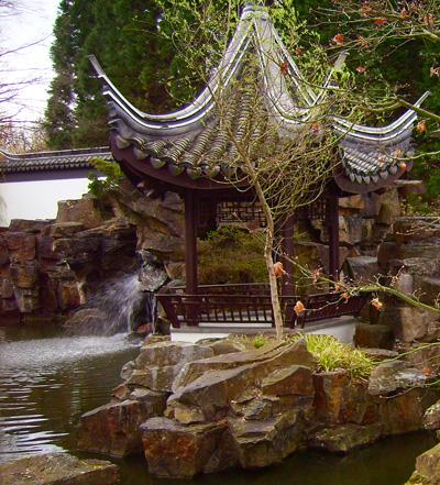 Беседка. Китайский сад. Ботанический сад Рурского университета Бохум. Фото: Сергей Ярош.
