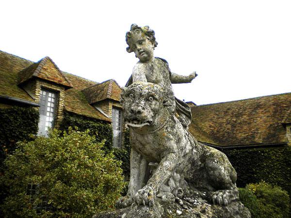 Chateau de Villiers le Mahieu – замок-крепость Вильер.  Фото: Наталья Энрион /Великая Эпоха/The Epoch Times, Франция
