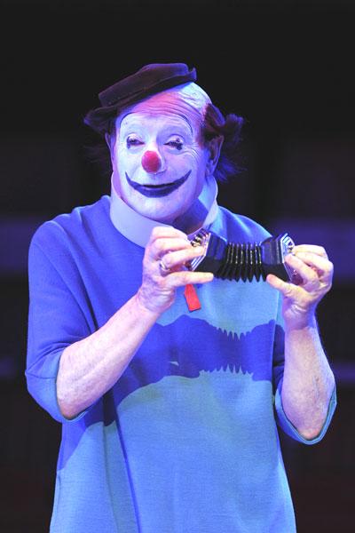 Клоуны Зимнего цирка в Париже. Фото: BERTRAND GUAY/AFP/Getty Images
