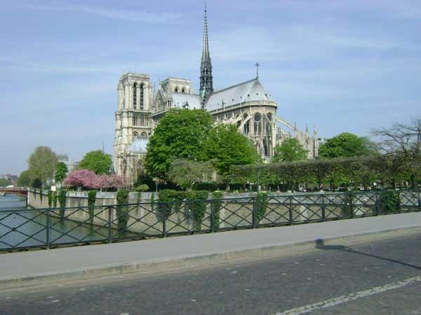 Вид на собор Парижской Богоматери. Фото: Ирина Павловская/Великая Эпоха