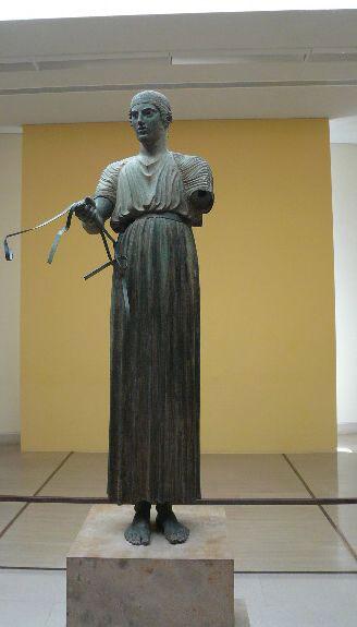 Бронзовая статуя возничего VI век до н.э. Фото: Елена Захарова/Великая Эпоха