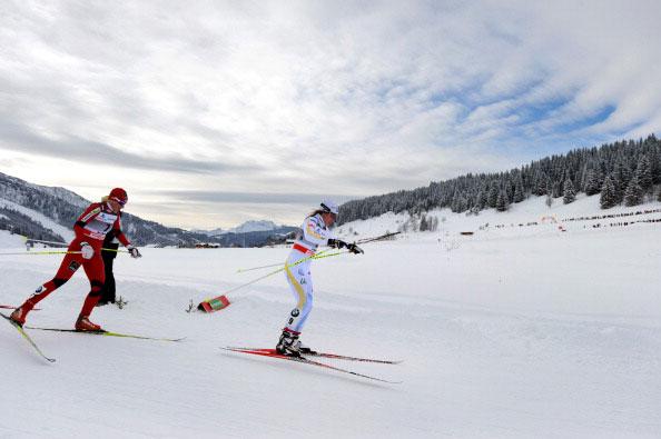 Горы в снегу. Фото: JEAN-PIERRE CLATOT/AFP/Getty Images