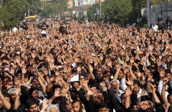 Протестующая толпа в Каире. Фото: Peter Macdiarmid/Getty Images