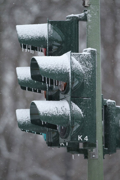 Зимние мотивы. Фото: PATRICK PLEUL/Getty Images