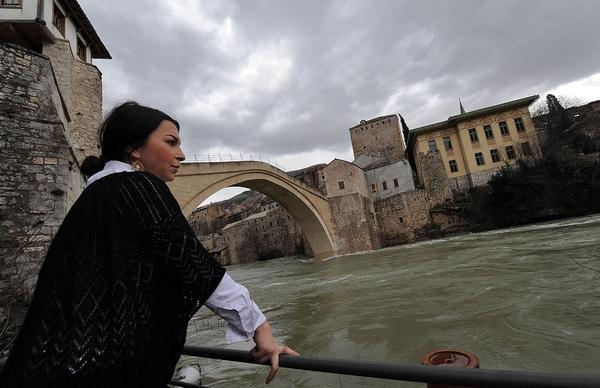 На Балканах бушует водная стихия. Мостар, Босния и Герцеговина. Фото: ELVIS BARUKCIC/AFP/Getty Images