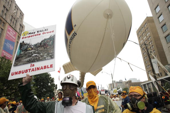 Саммит G20 был встречен беспорядками антиглобалистов в Торонто.  Фото: Simon Hayter/Getty Images
