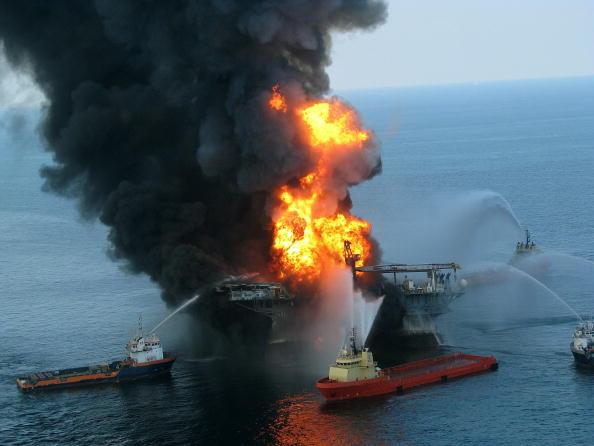 Нефтяное пятно в  Мексиканском заливе. Ликвидации нефтяного пятна. Фото: Chris Graythen/Getty Images