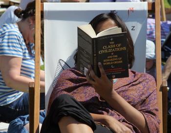 Англия. Книжный фестиваль. Фото: Matt Cardy/Getty Images Entertainment
