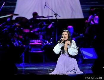Елена Ваенга.Фото с сайта vaenga.ru