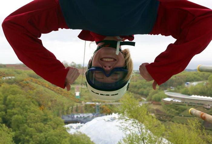 Самая длинная тарзанка Англии расположилась в Корнуолле. Фото: Matt Cardy/Getty Images
