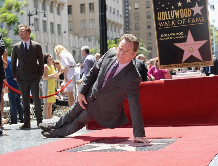 Брайан Крэнстон получил именную звезду на голливудской Аллее Славы 16 июля 2013 года. Фото: Michael Buckner/Getty Images