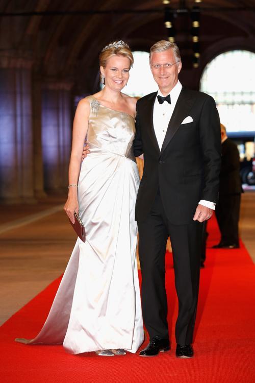 Принцесса Бельгии Матильда и принц Бельгии Филипп на приёме в Нидерландах в честь передачи престола принцу Виллему-Александру. Фото: Michel Porro/Getty Images
