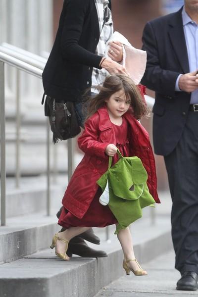 Сури - звездное дитя Тома Курз и Кети Холмс. Фото c tianya.cn