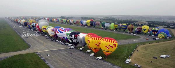 Фестиваль воздушных шаров. Фото с сайта animalworld.com.ua