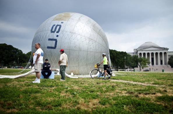 Воздушный шар времен гражданской войны в Америке. Фото: Brendan Smialowski/Getty Images