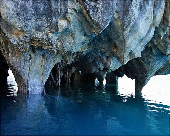 Мраморные пещеры Las Cavernas de Marmol. Фото с сайта animalworld.com.ua