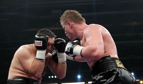 Фоторепортаж с титульного боя между Поветкиным и Чагаевым. Фото: Streubel/Bongarts/Getty Images