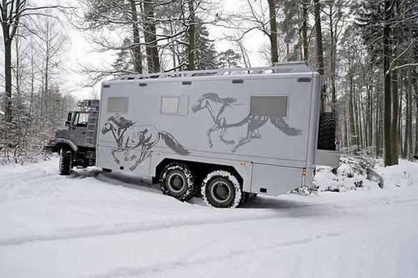 Mercedes-Benz Hunter X6 - мечта путешественника. Фото:xaxor.com