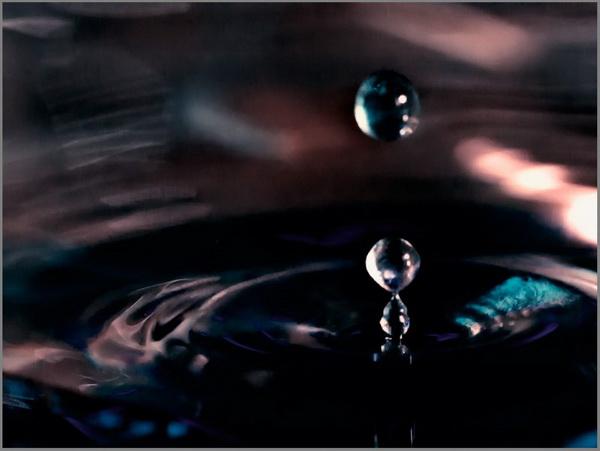 Фотогаллерея о моментах из жизни капли воды. Фото: patou