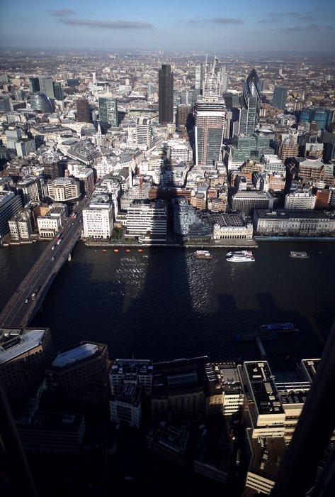 Со смотровой площадки небоскрёба Shard можно будет посмотреть на Лондон сверху с 1 февраля 2013 г. Peter Macdiarmid/Getty Images