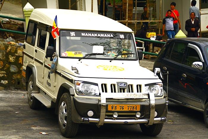 Джипы являются основным средством передвижения в горном регионе. Дарджилинг.Darjeeling. Фото: Сима Петрова/Великая Эпоха (The Epoch Times)