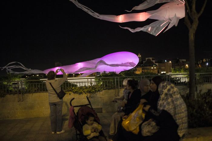 Фестиваль света «Огни Иерусалима» начался в Израиле. Фото: Ilia Yefimovich/Getty Images