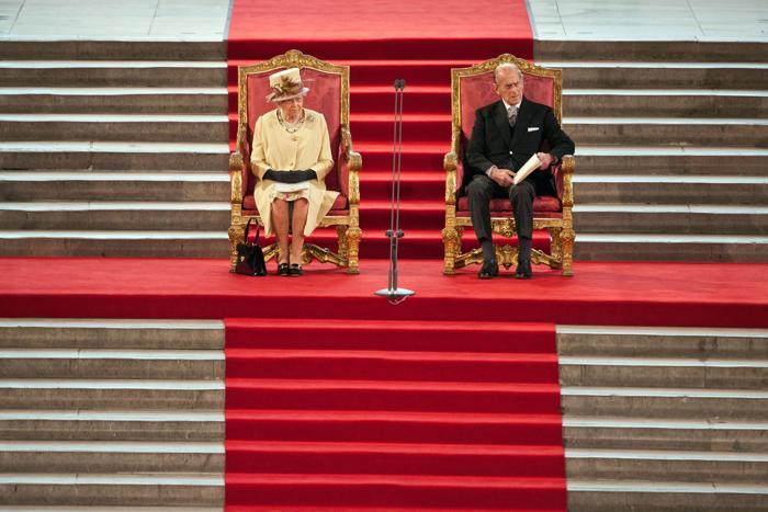 Принц Филипп и Елизавета II 20 марта 2012 года. Фото: JACK HILL/AFP/Getty Images