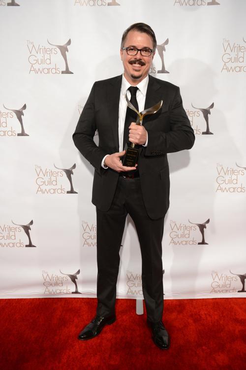 Писатель Винс Гиллиген на вручении премии Гильдии писателей США. Фото: Jason Kempin/Getty Images for WGAw