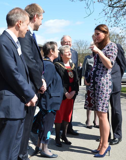 Герцогиня Кембриджская посетила школу в Манчестере. Фото: Paul Ellis - WPA Pool/Getty