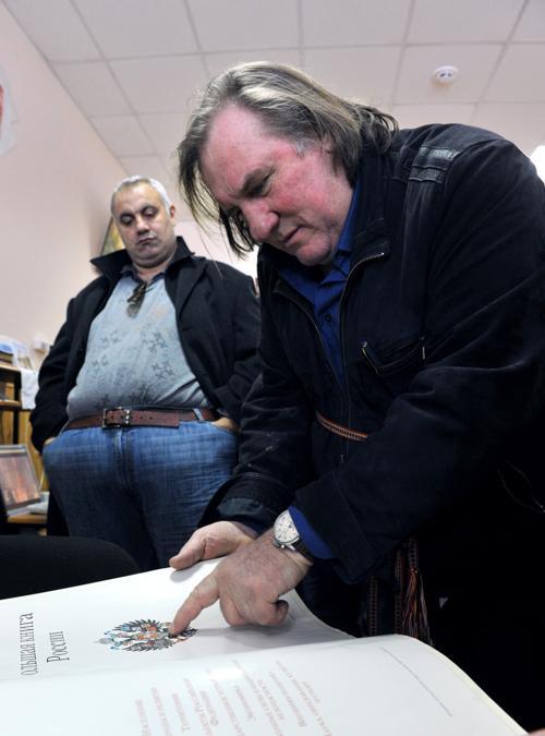 Жерар Депардье в Мордовии. Фото: ANDREY SMIRNOV/AFP/Getty Images