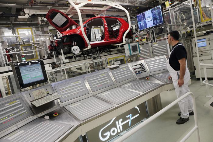 volkswagen golf 7 на заводе в вольфсбурге