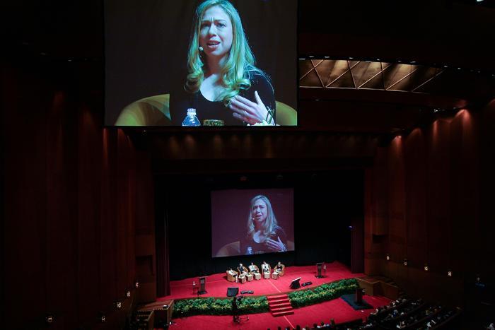 Челси Клинтон на международной конференции по проблеме женщин и девочек в Малайзии. Фото: Rahman Roslan/Getty Images
