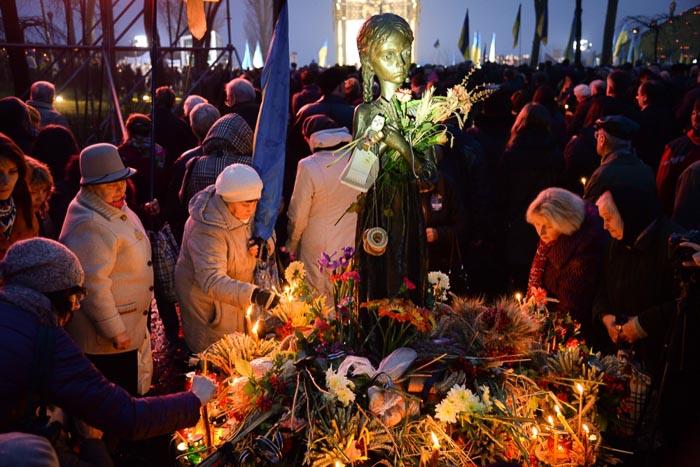 Акция в память о жертвах Голодомора на Украине. 23 ноября 2013г. Фото: Фёдор Треногов