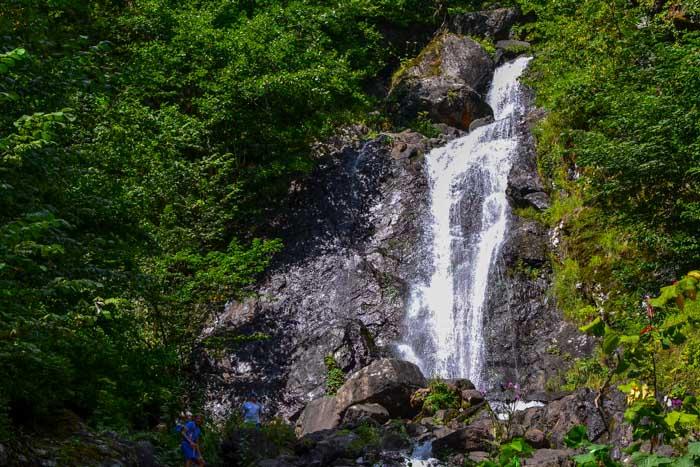 Водопад. Фото: Пётр Корнеев